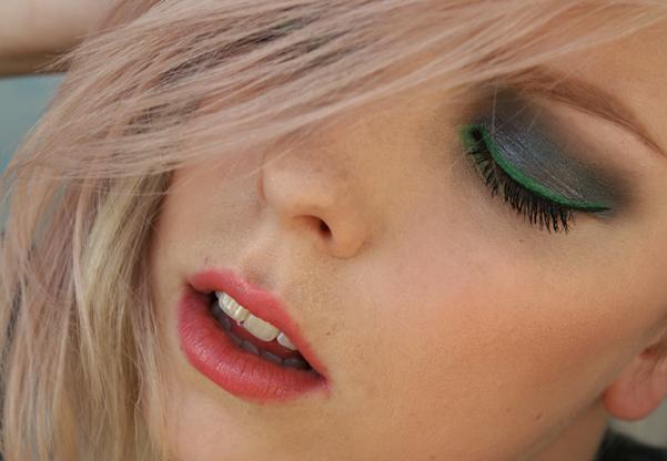 dm_blondebrunette_02